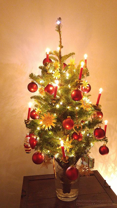 Geschm ckter weihnachtsbaum klein my blog for Weihnachtsbaum vorhang